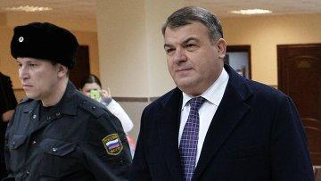 Бывший министр обороны Анатолий Сердюков в Пресненском суде