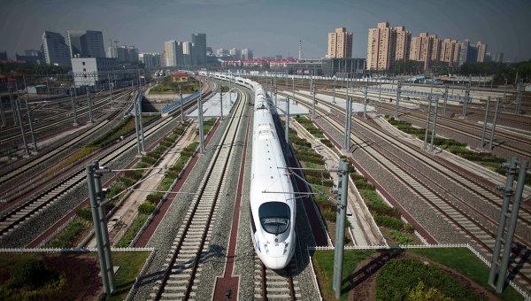 Скоростной поезд в Пекине. Архивное фото