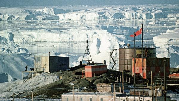 Советская геофизическая обсерватория Мирный в Антарктиде. Архивное фото
