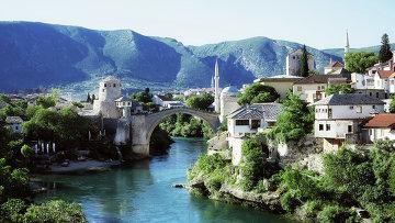 Старый мост в городе Мостар, Босния и Герцеговина