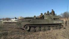 Ополченцы ДНР зачехлили гаубицы Гвоздика и отвели их с передовой