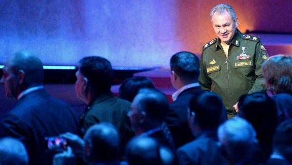 Министр обороны РФ Сергей Шойгу на Всероссийском фестивале прессы Министерства обороны РФ МЕДИА-АС-2015.