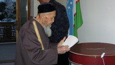 Голосование на выборах в Узбекистане. Архивное фото