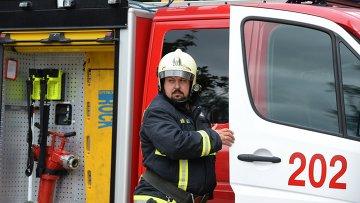 Сотрудник российской пожарной охраны. Архивное фото