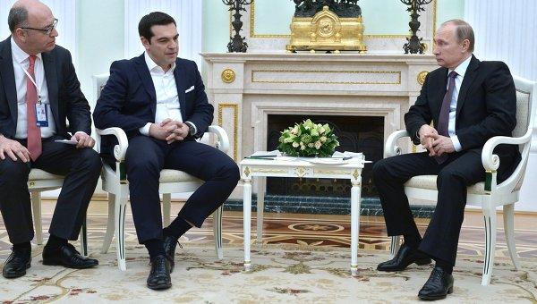 Президент России Владимир Путин и премьер-министр Греции Алексис Ципрас во время встречи в Кремле