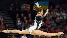 Российская гимнастка Ксения Афанасьева во время выступления на ЧЕ по гимнастике