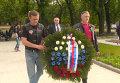 """""""Ночные волки"""" в Венгрии возложили венок к мемориалу советским воинам"""