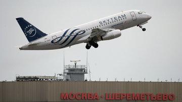 Самолет Сухой (Sukhoi Superjet 100) авиакомпании Аэрофлот. Архивное фото
