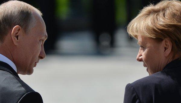 Президент Российской Федерации Владимир Путин и канцлер Федеративной Республики Германия Ангела Меркель. Архивное фото