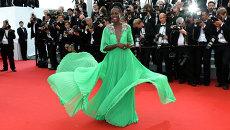 Кенийская актриса Люпита Нионго на церемонии открытия на 68-й международный кинофестиваль в Каннах