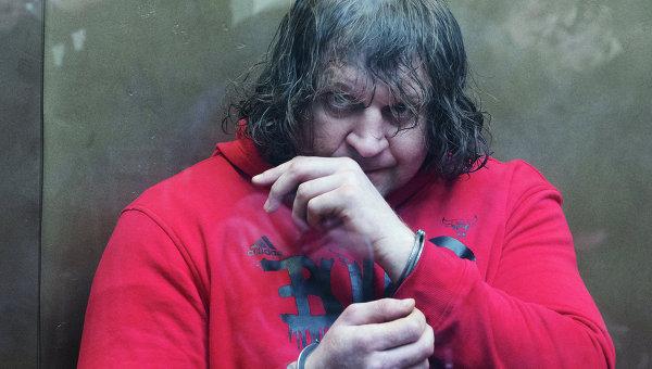 Боец смешанных единоборств Александра Емельяненко в Симоновском суде Москвы во время оглашения приговора