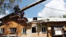 Дом в Донецке, разрушенный в результате обстрела украинскими силовиками