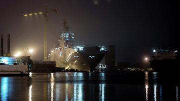Десантный вертолетоносный корабль типа Мистраль. Архивное фото