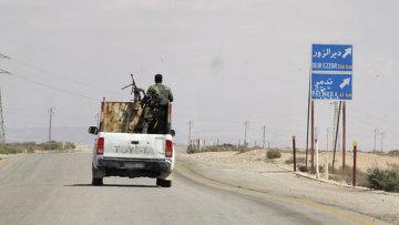 Сирийские военные в окрестностях города Пальмира (Тадмор) в Сирии