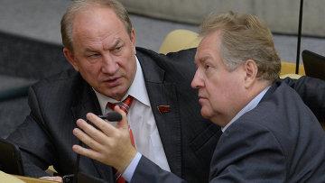 Депутаты Валерий Рашкин и Сергей Обухов . Архивное фото
