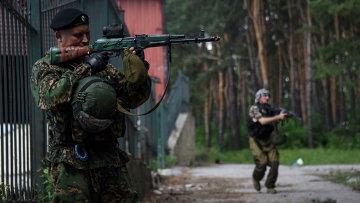 Бойцы ДНР. Архивное фото