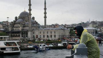 Галатский мост в Стамбуле. Архивное фото
