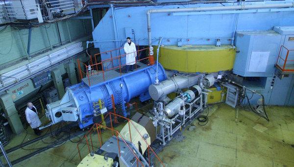 Ускоритель У-400 в Объединенном институте ядерных исследований, на котором был получен 117-й элемент