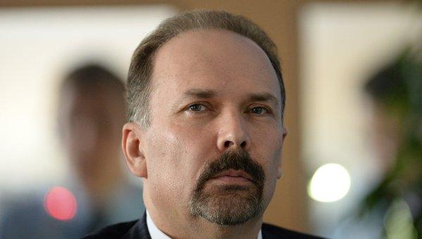 Министр строительства и жилищно-коммунального хозяйства РФ Михаил Мень. Архивное фото