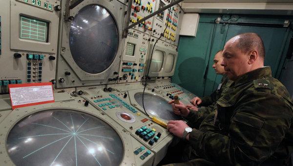 Рабочее место командира расчета войск ПВО. Архивное фото