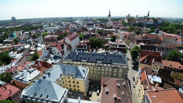 Таллин. Вид на Старый город с верхушки церкви Олевисте - самого высокого строения средневековой Европы