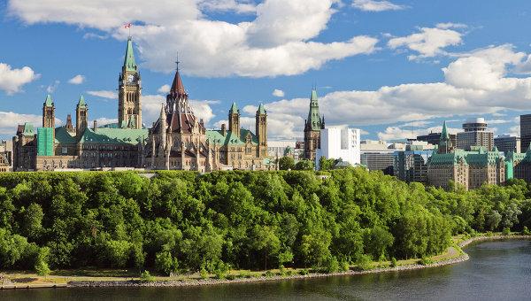 Здание парламента в Канаде. Архивное фото