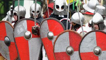 Историческая реконструкция средневекового сражения