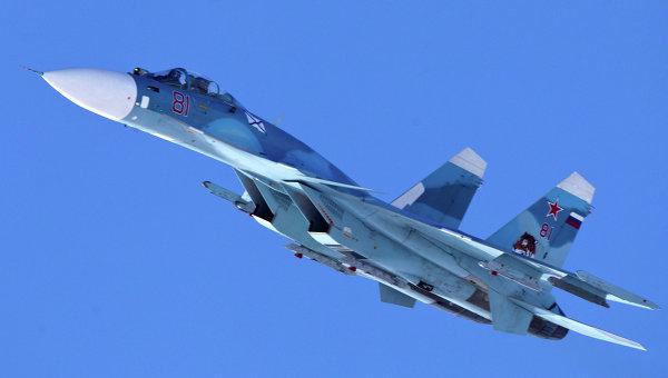 Палубный истребитель Су-33. Архивное фото