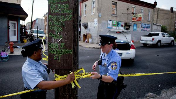 Полиция США на месте стрельбы в Филадельфии. Архивное фото