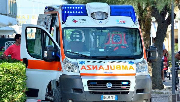 Машина скорой помощи, Италия. Архивное фото