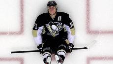 Хоккеист Питтсбург Пингвинз Евгений Малкин перед матчем НХЛ. Архивное фото