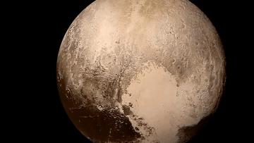 Новый снимок Плутона с зонда New Horizons