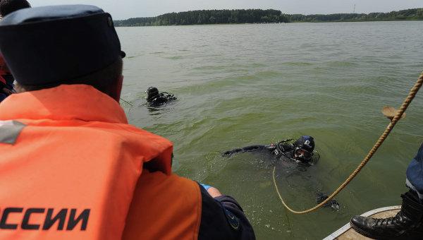 Легкомоторный самолет упал вИстринское водохранилище вПодмосковье