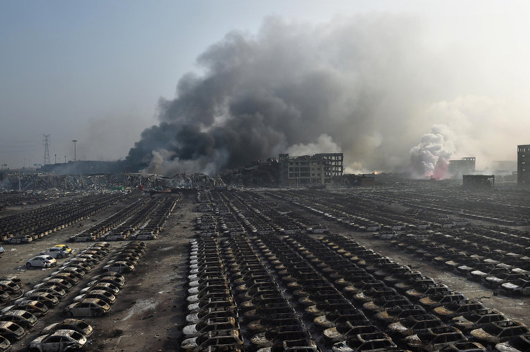 Последствия взрывов на складе опасных веществ в промышленном городе Тяньцзин, Китай