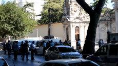 Полиция оцепила место стрельбы у резиденции премьера Турции в Стамбуле