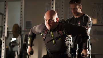 Марк Поллок, парализованный атлет, которому ученые вернули подвижность ног