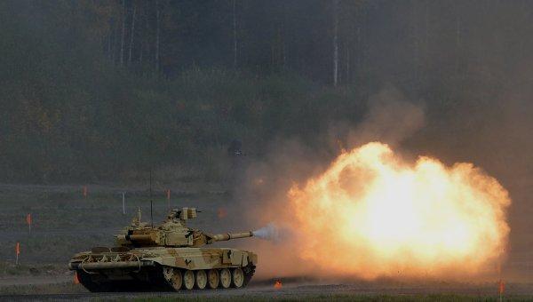 Танк Т-90А во время демонстрационных стрельб на открытии 10-ой международной выставки Russia arms expo. Архивное фото