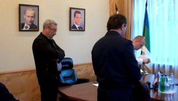 Обыск в кабинете главы Республики Коми Вячеслава Гайзера