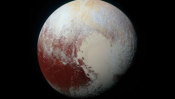 Ученые получили цветное высококачественное изображение Плутона. Архивное фото