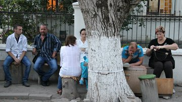На месте стрельбы на подстанции скорой помощи в Симферополе. Архивное фото