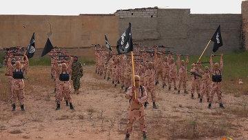 Боевики Исламского государства в окрестностях Мосула, Ирак