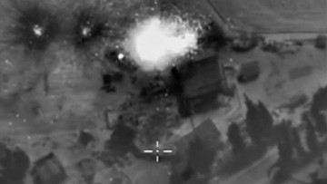 Ночная бомбардировка позиций ИГ на территории Сирии российской авиацией