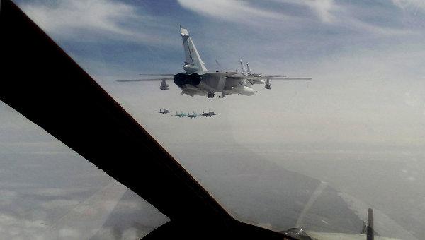 Российские штурмовики Су-24. Архивное фото