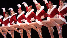 Танцевальный коллектив The Rockettes из Нью-Йорка