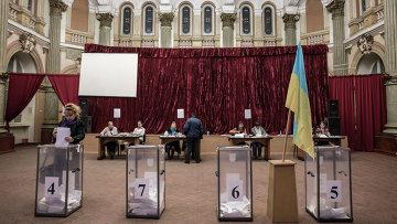 Избирательный участок в Харькове. Архивное фото
