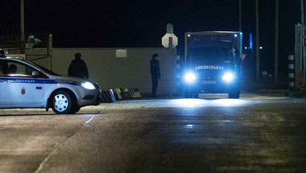 Борт МЧС России доставил в Санкт-Петербург тела жертв крушения и личные вещи погибших в катастрофе А321
