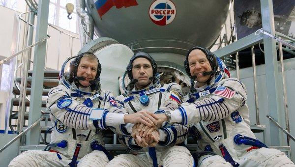 Участники основного экипажа Международной космической станции-46/47