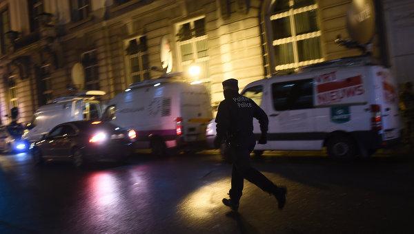 Сотрудники бельгийской полиции на улицах Брюсселя. Архивное фото