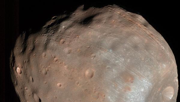 Геофизики пояснили происхождение аномальных каналов наспутнике Марса