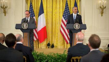 Президент США Барак Обама и президент Франции Франсуа Олланд на совместной пресс-конференции в Вашингтоне